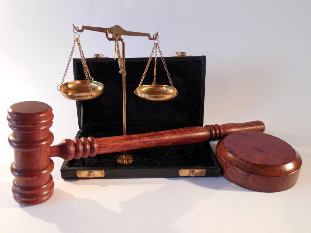 przedmioty charakterystyczne dla prawników i prawa